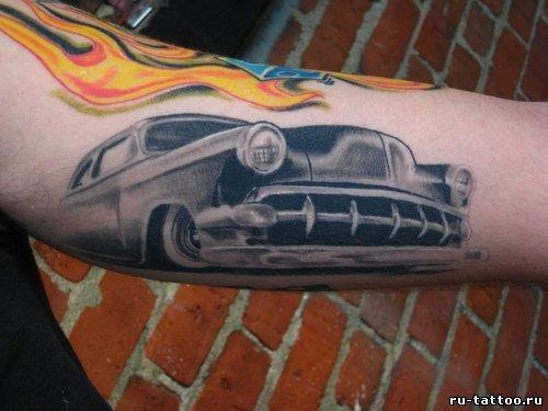 Татуировки с машинами