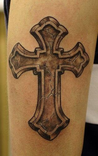 Тату-крест