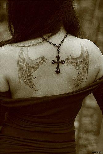 Татуировка крылья ангела - Татуировки ангелов - Татуировки ...: http://ru-tattoo.ru/photo/68-0-1957